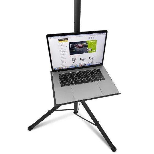 Suporte pedestal de chão tipo tripé para TV e notebook com notebook na imagem